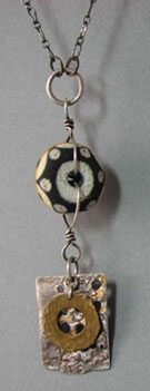 4Yellow-and-black-pendant2